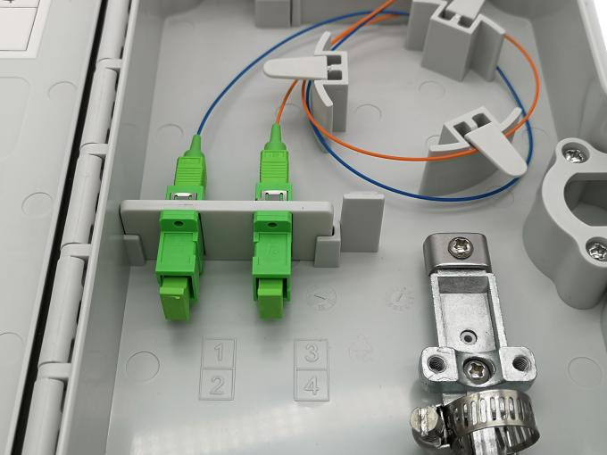 FTTH 4 Cores Outdoor Fiber Termination Box , Fiber Optic Connection Box SC Adapter