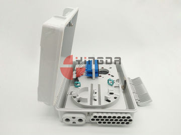 China 24 Ports Fiber Access Terminal Box with SC/UPC adapter Pigtails , 1*8 1*16 Splitter Distribution Box White factory