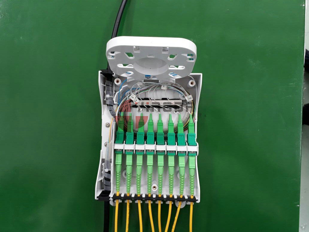 FTB Fiber Optic Termination Box 1 To 8 PLC Splitter Fanout 900um With Breakout Kits supplier